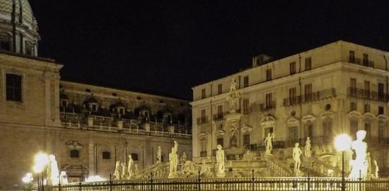 Palermo Piazza Pretoria